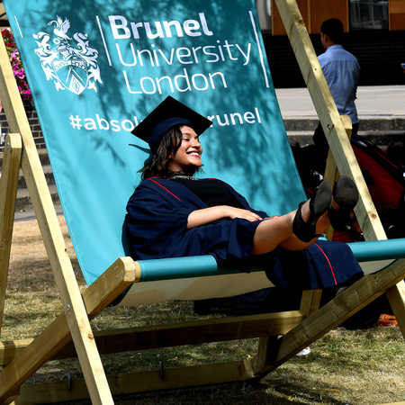 Graduation Deckchair_2018_Medium_8052