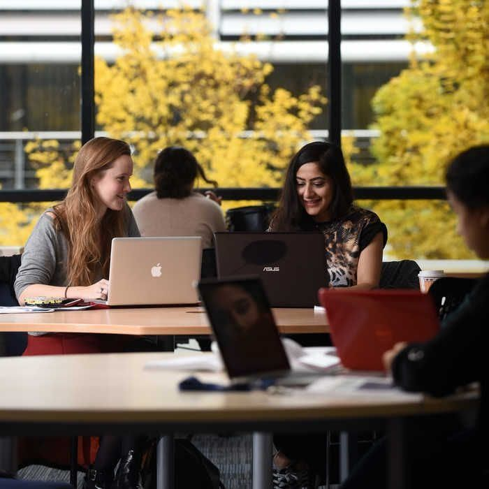 Students-on-laptops-in-the-library
