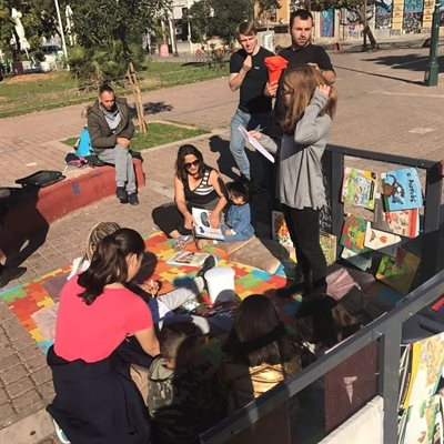 The movable library for refugees in Athens