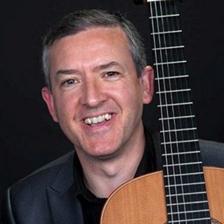 image of Gary Ryan, guitar