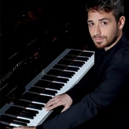 image of Simone Tavoni , piano