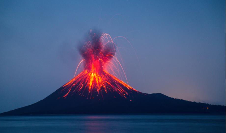 tsunami unleashed by anak krakatoa eruption was at least