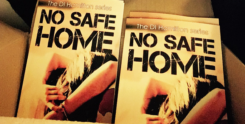 Tara Lyons NO SAFE HOME books main