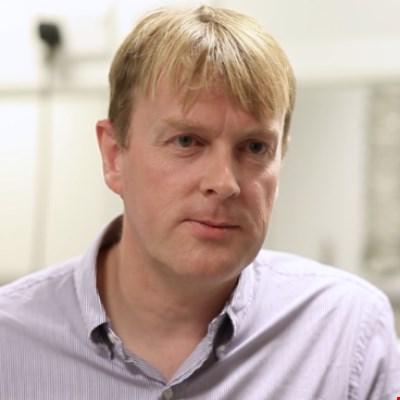 Dr George Fern