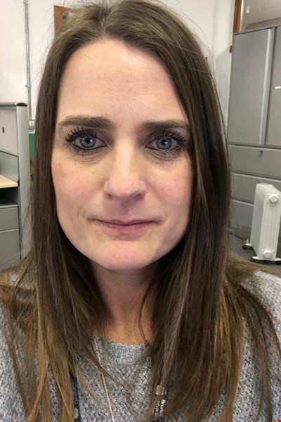 Dr Kate Hoskins