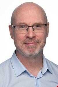 Dr Lee Romer