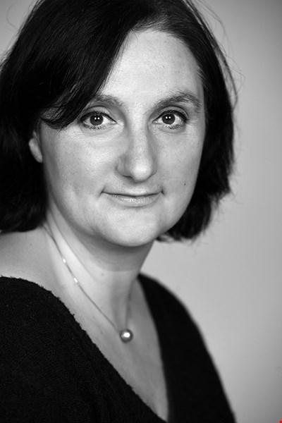 Dr Lorna Anguilano