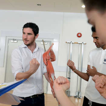 physiotherapy-students-at-brunel-university-london-practicing-an-exercise-in-a-skills-lab-3