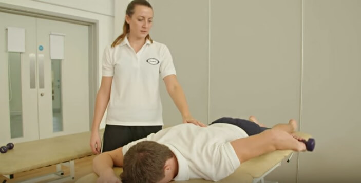 physiotherapy-students-at-brunel-university-london-practicing-an-exercise-in-a-skills-lab