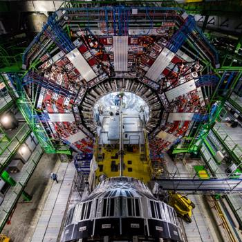 Physics analysis and operations of the Compact Muon Solenoid experiment