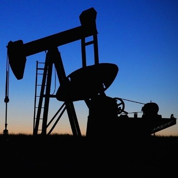 Caspian climatic cycles for improved petroleum exploration