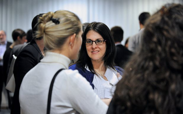 image of Speed Networking event with Alumni